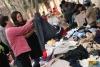 Cấm nhập khẩu kinh doanh quần áo củ.